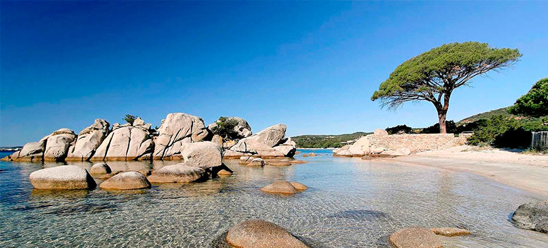 Car hire in Figari (porto Vecchio) Airport