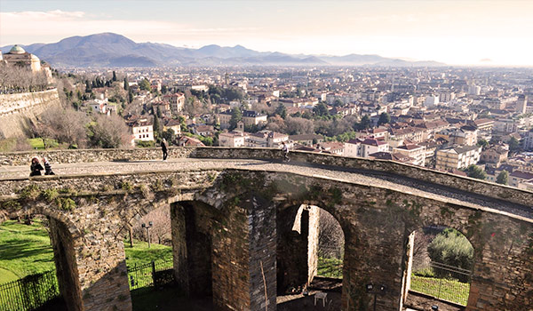 Car hire in Bergamo