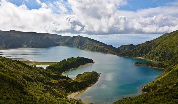 Car hire in Sao Miguel