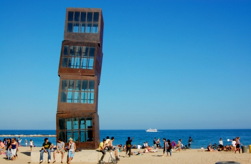 Beach art in Barcelona - Barcelona Airport car hire