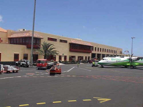 La Palma Canary Islands - Santa Cruz de La Palma Airport: La Palma Airport car hire