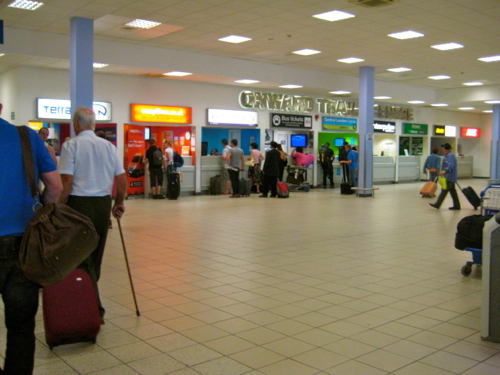 London Luton Airport - onward travel centre - Luton Airport car hire