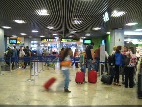 Madrid Airport T1 - security control: Madrid Airport car hire
