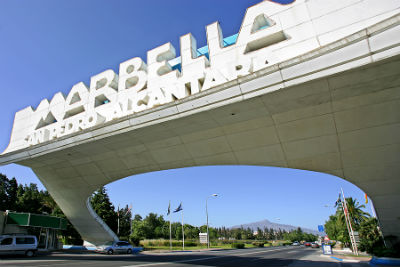 Discover Marbella and Puerto Banus in your car hire from Malaga Airport