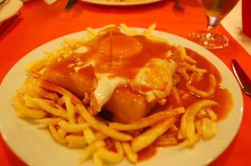 Portugal - francesinha at Ar de Rio - Porto Airport car hire