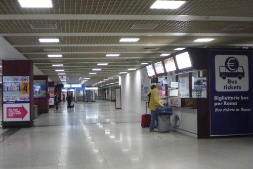 roma airport arrivals