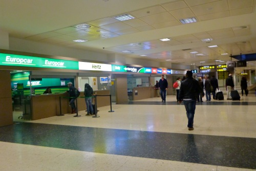 Returning a car hire to Valencia Airport