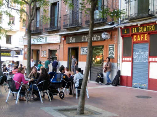 alfresco dining in Madrid: Madrid car hire