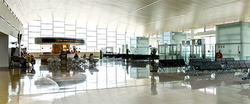 car hire Mahon Airport in Spain - Carjet.com